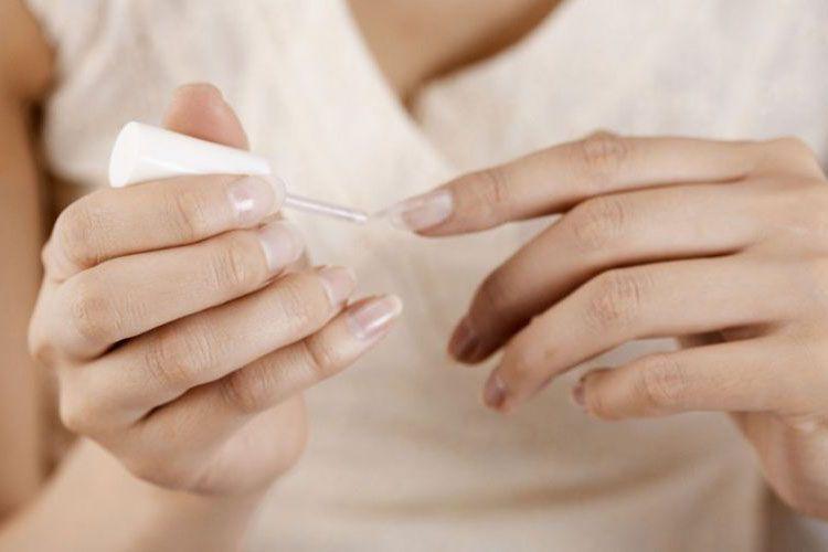 Astuces pour réparer un ongle cassé