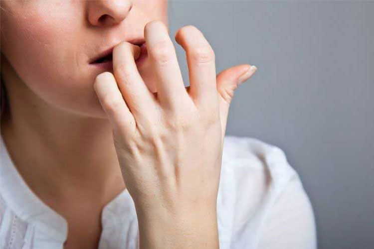Les 5 meilleurs produits contre les ongles rongés