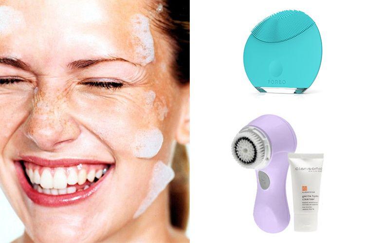 Choisir une brosse nettoyante pour le visage