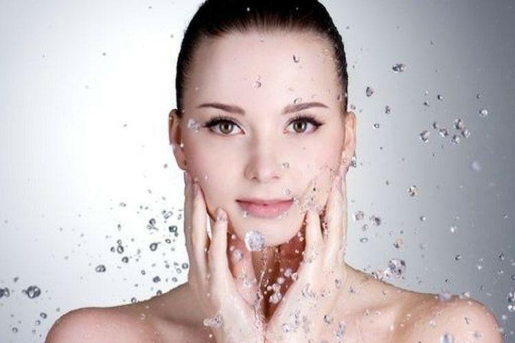 Eau thermale : les bienfaits des eaux thermales pour la peau