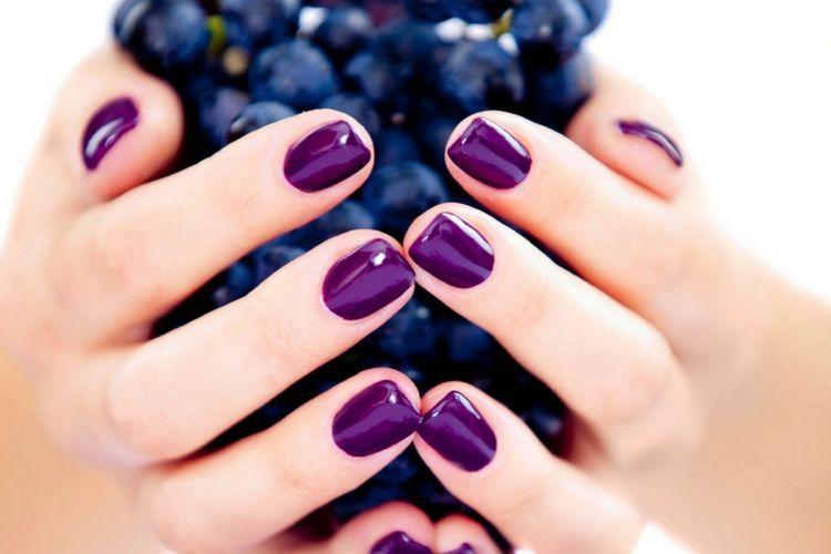Une manucure raisin pour l'automne