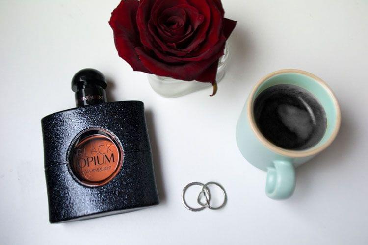 Espiègle et glam', le parfum Black Opium d'Yves Saint Laurent