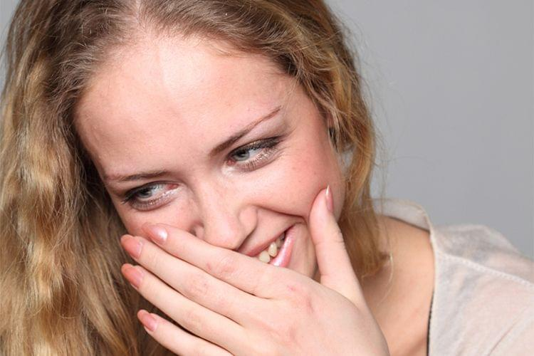 Les meilleurs tutos vidéo pour traiter les rougeurs sur le visage