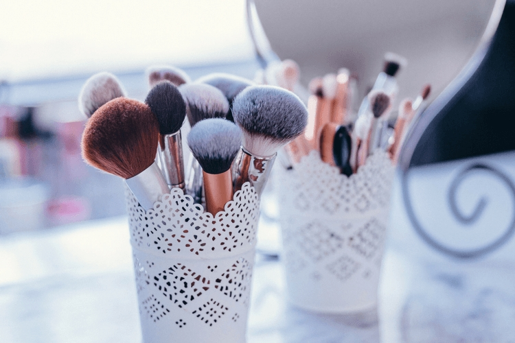 Pinceau maquillage: comment bien les nettoyer?