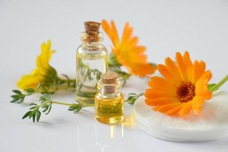 Comment choisir son huile végétale selon son type de peau ?
