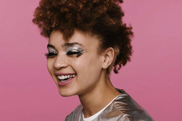 La marque Monki lance une gamme de maquillage