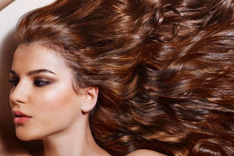 10 erreurs à éviter quand on se sèche les cheveux