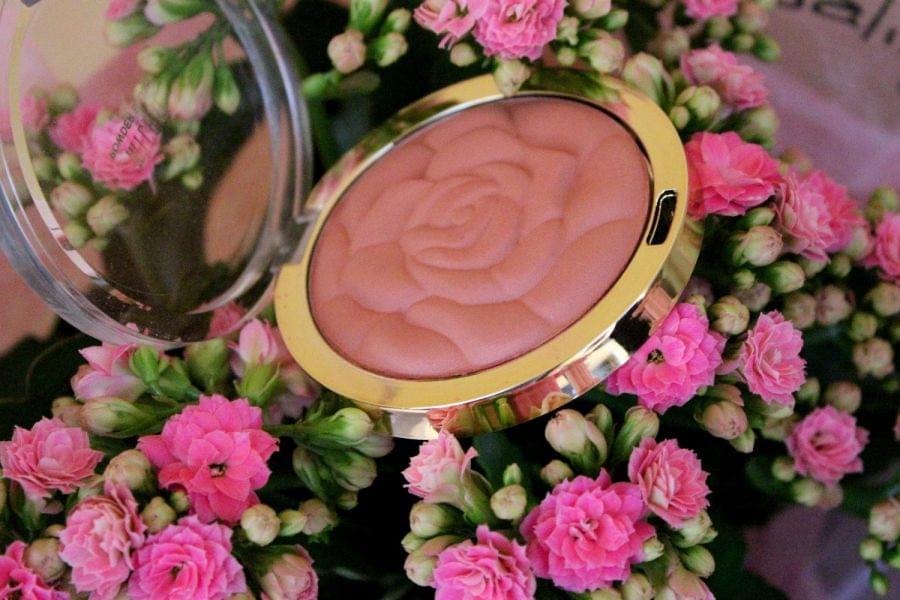 Swatch Rose Powder Blush, Milani