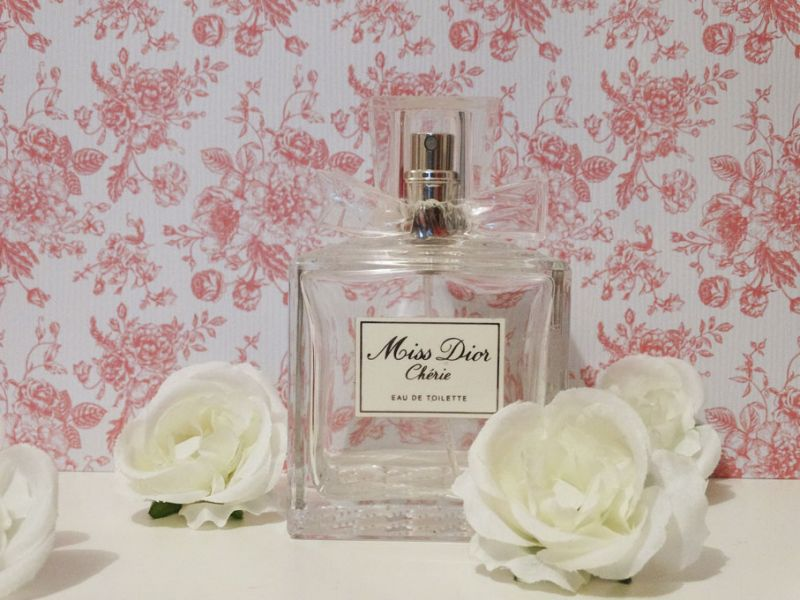 avis miss dior eau de parfum dior parfums. Black Bedroom Furniture Sets. Home Design Ideas