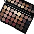 Ultra 32 Shade Eyeshadow Palette, Makeup Revolution - Maquillage - Palette et kit de maquillage