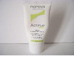 Swatch Actipur Crème Anti-imperfections Matifiante, Laboratoires Noreva