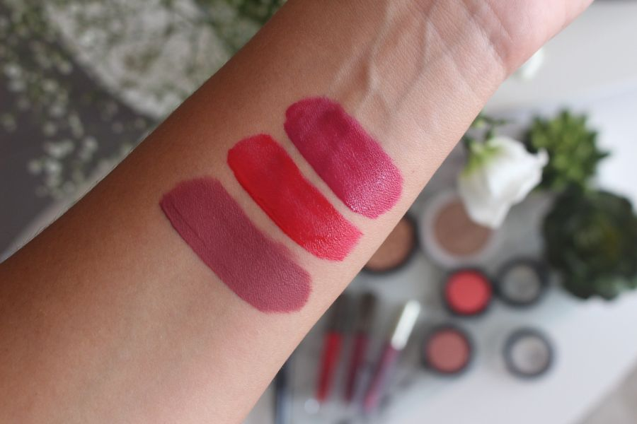 Swatch Inked lip stain, Mua Luxe
