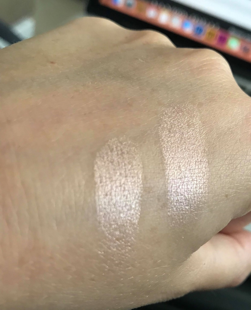 Swatch Shimmering Skin Perfector Pressed, Becca