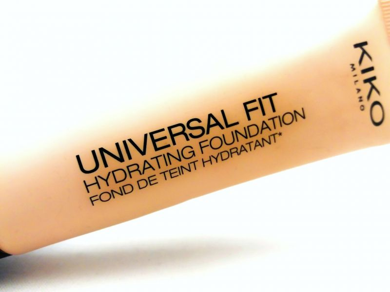 Swatch Universal Fit Hydrating Foundation 01, Kiko