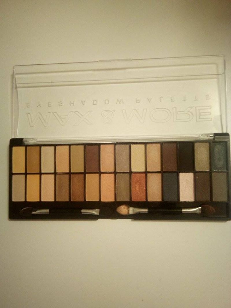 Swatch Eye Shadow Palette, Max & More