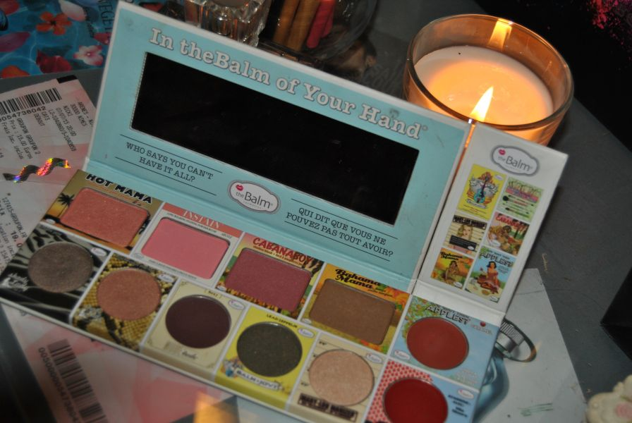 Swatch In thebalm of your hand, theBalm