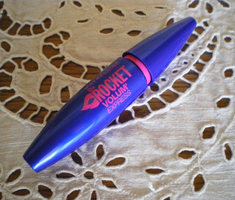 Swatch Mascara Volum'Express The Rocket, Gemey-Maybelline