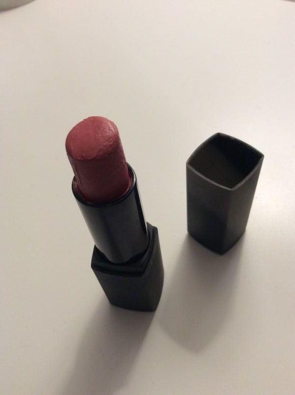 Swatch Rouge à lèvres, Peggy Sage