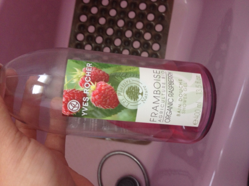 Swatch Bain douche Framboise agriculture bio - Les Plaisirs Nature, YVES ROCHER