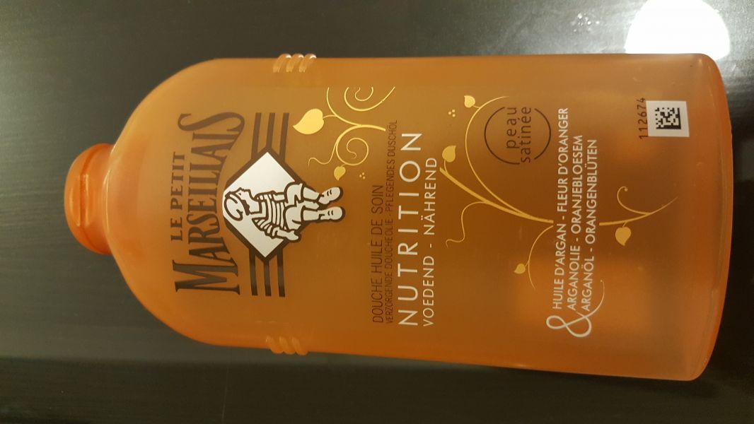 Swatch Douche huile de soin nutrition à l'huile d'argan & fleur d'oranger, Le Petit Marseillais