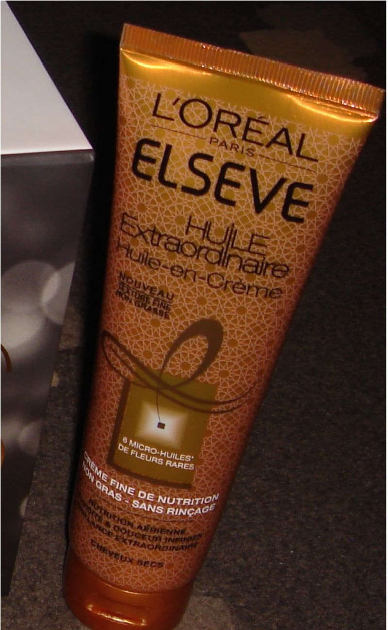 Swatch Huile-en-crème Cheveux secs Elseve, L'Oréal Paris