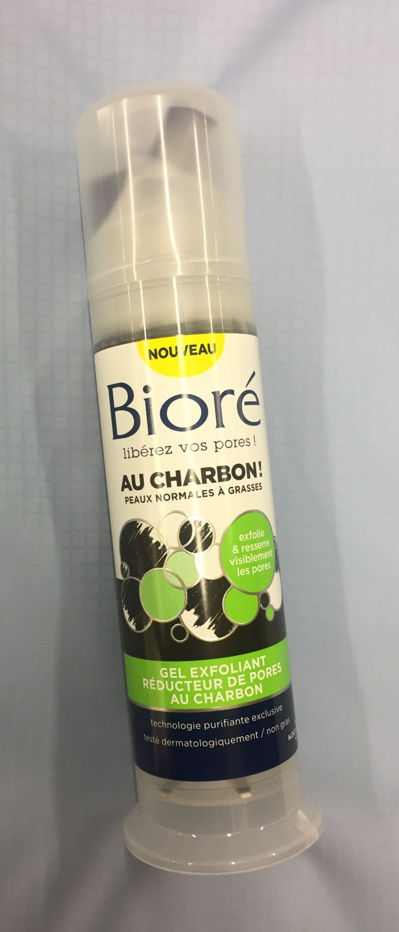 Swatch Gel exfoliant, Bioré