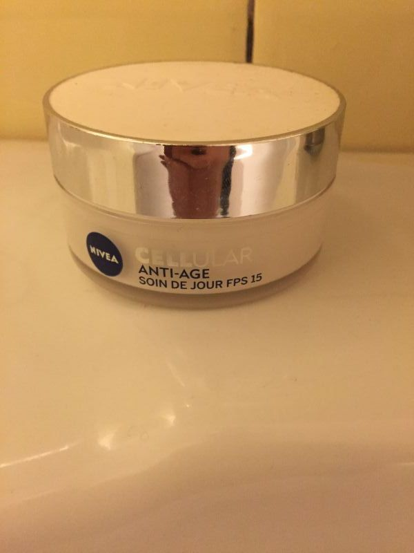Swatch Soin de jour Cellular anti-age, Nivea