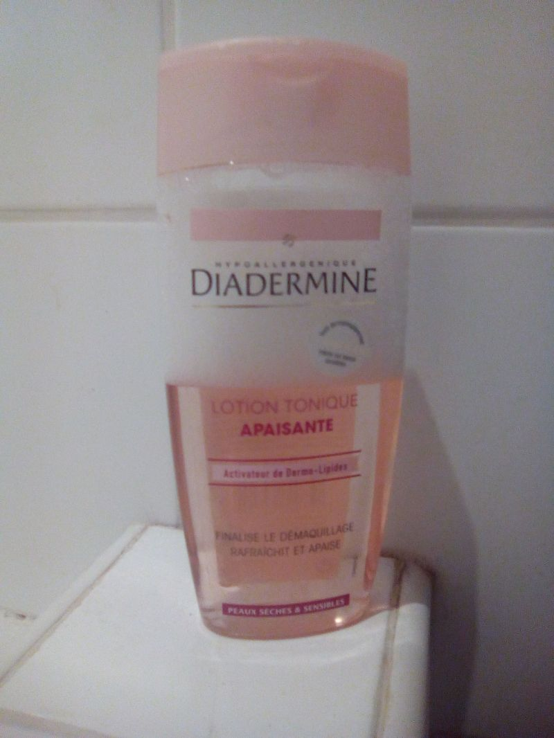 Swatch Lotion tonique apaisante, Diadermine