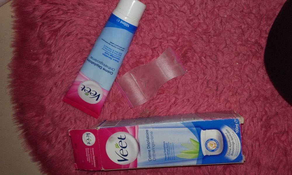 Swatch Crème dépilatoire peaux sensibles, Veet