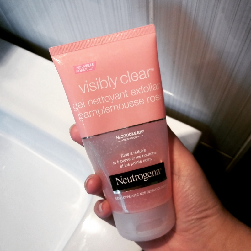 Swatch Gel Nettoyant Pamplemousse Rose Visibly Clear, Neutrogena