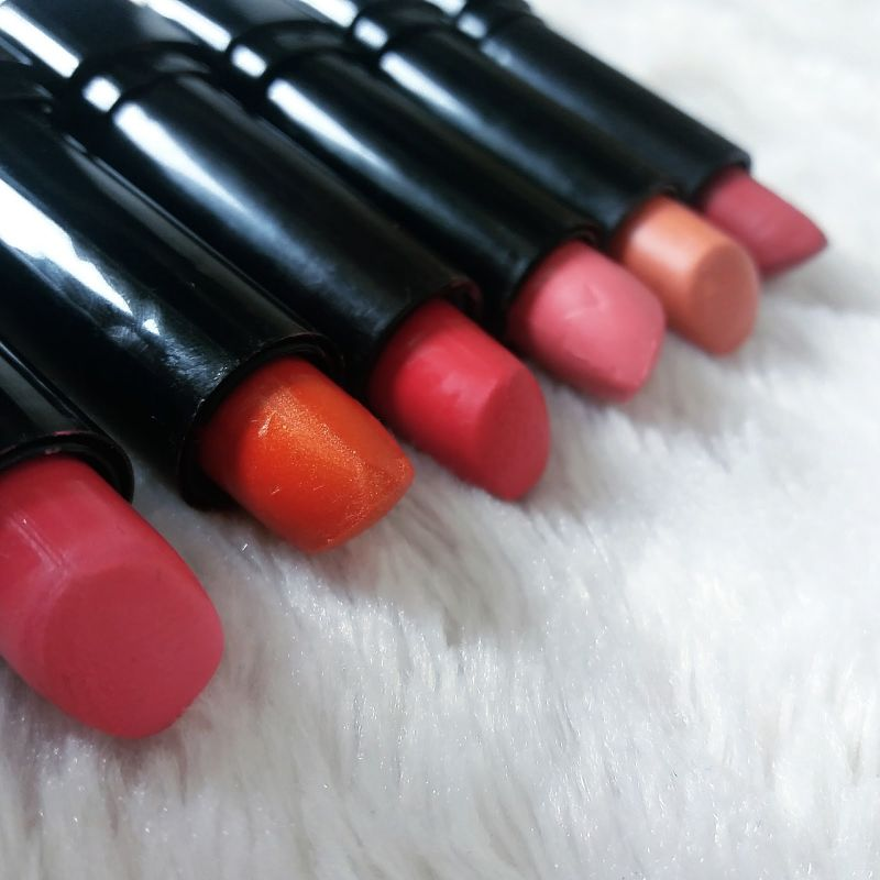 Swatch Lipstick, Max & More