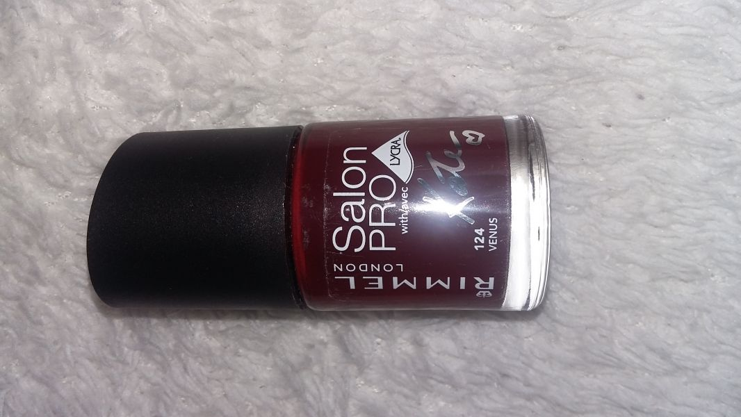 Swatch Vernis 60 Seconds by Rita Ora, Rimmel london