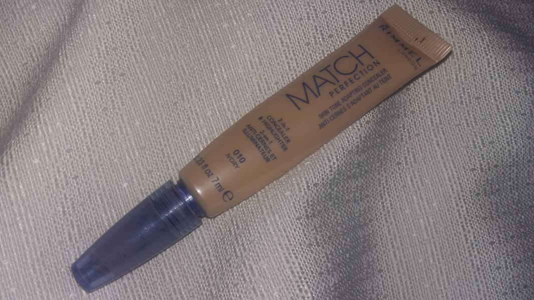 Swatch Match Perfection Illuminating Concealer 7ml, Rimmel