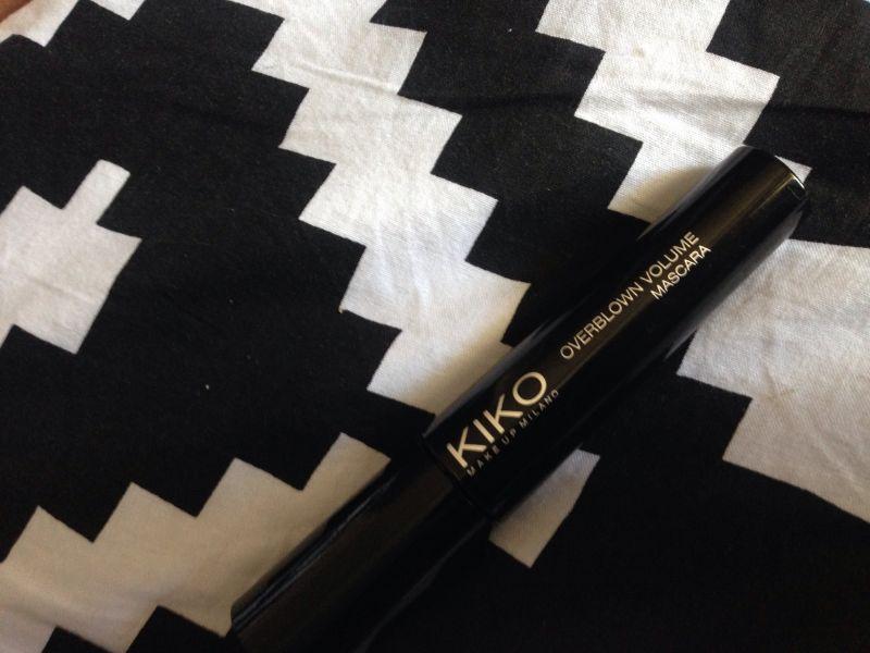 Swatch Overblown Volume Mascara, Kiko
