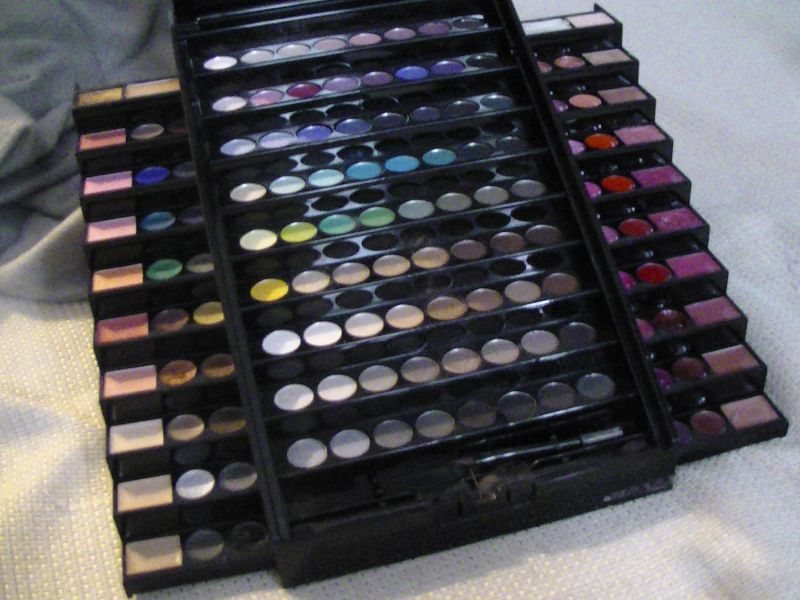 avis sephora makeup academy palette palette de maquillage sephora maquillage. Black Bedroom Furniture Sets. Home Design Ideas