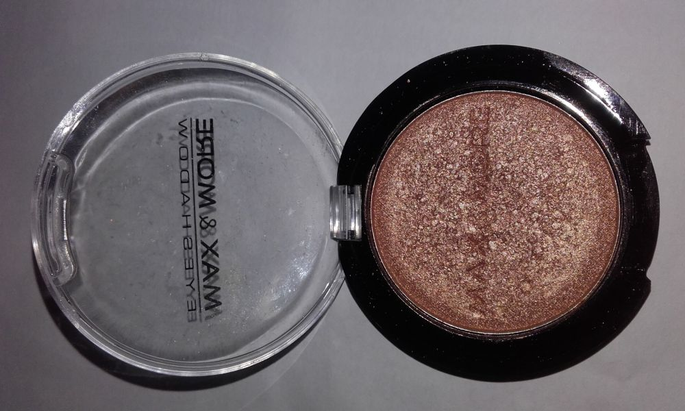 Swatch Eyeshadow Make-up, Max & More