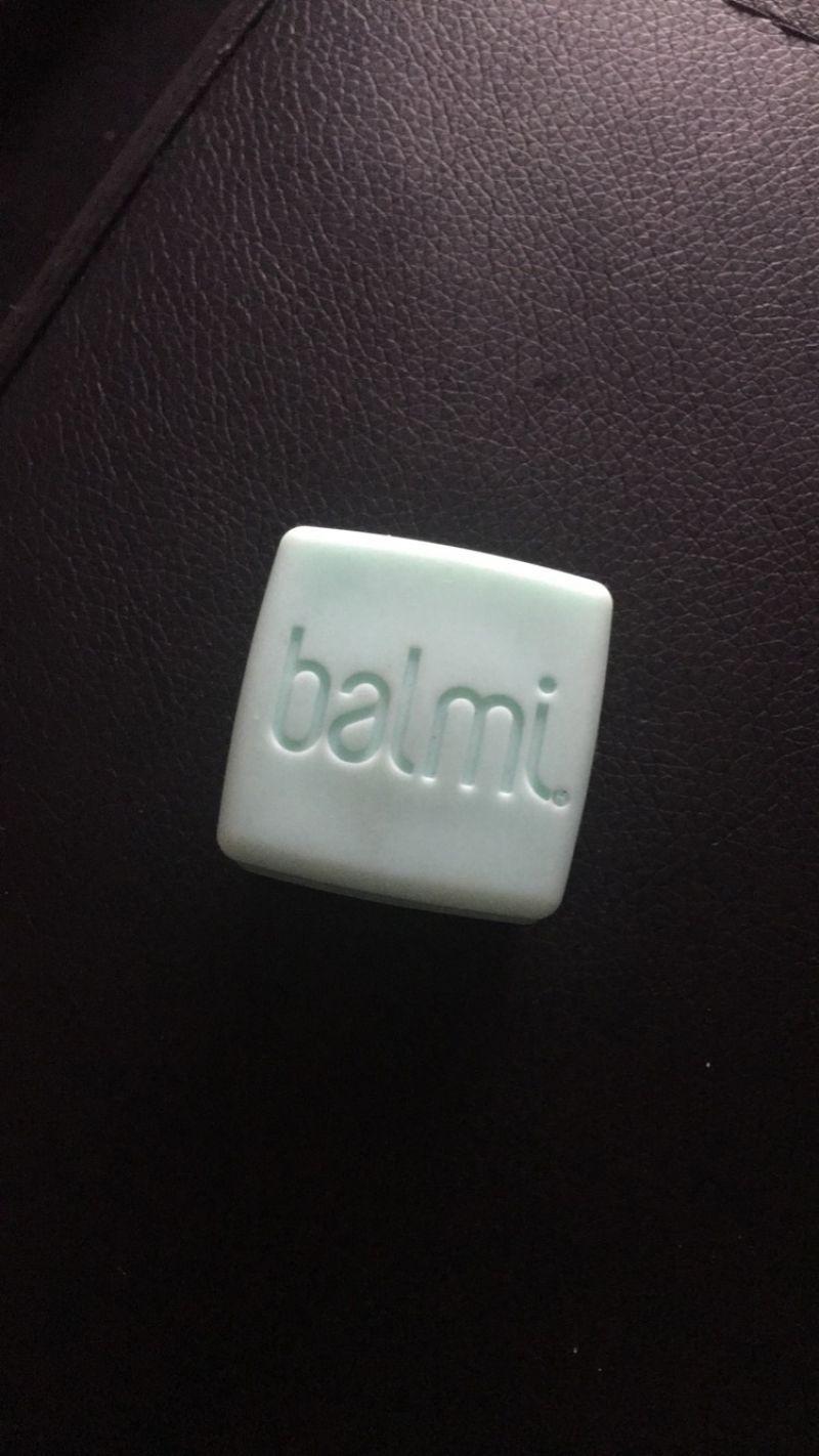 Swatch Baume à lèvres, Balmi