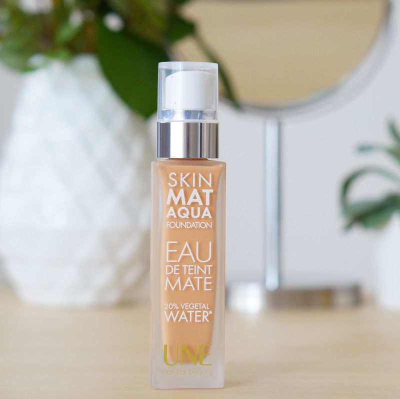 Swatch Skin Mat Aqua, UNE Natural beauty