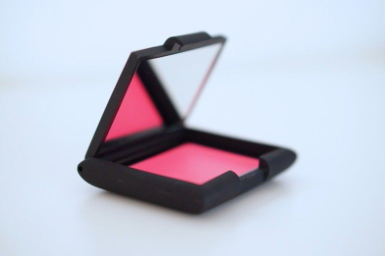 Swatch Creme to powder blush, Sleek MakeUP