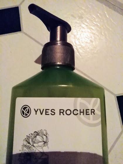 Swatch 3 En 1 - Shampooing Démêlage, Brillance, Tenue - Soin Végétal Capillaire, YVES ROCHER