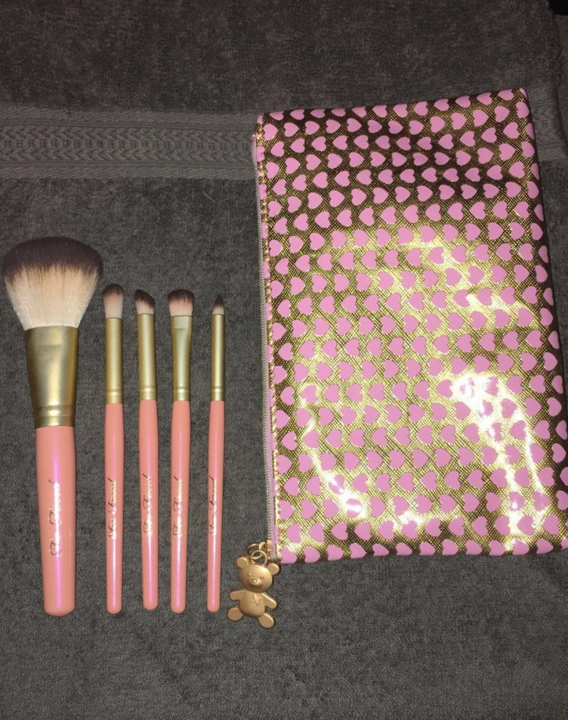 Swatch Absolute Essentials Set de pinceaux, Too Faced