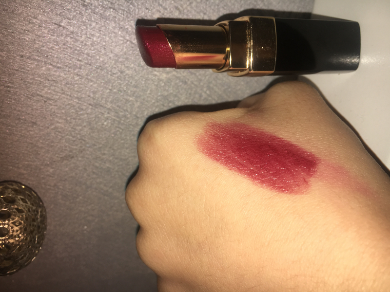 Swatch Rouge Coco Shine, Chanel