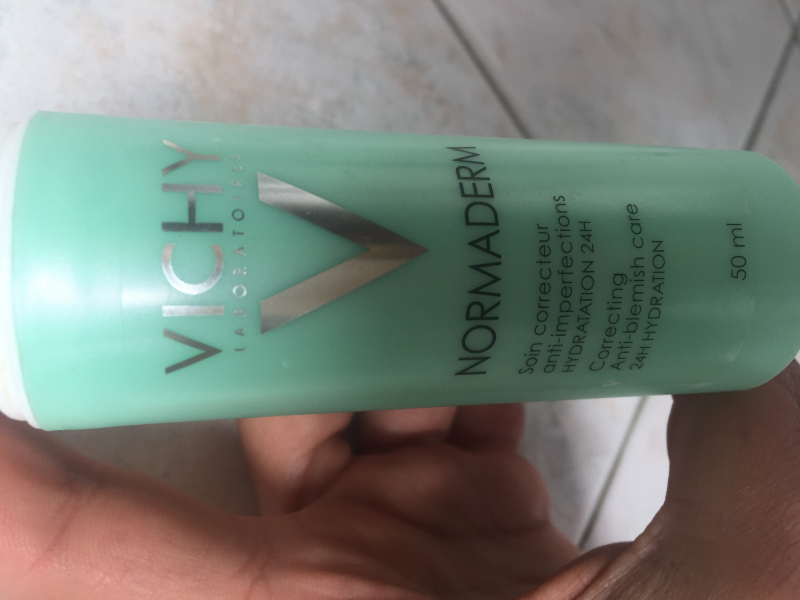 Swatch Soin Embelisseur Anti-Imperfections Hydratation 24H Normaderm, Vichy