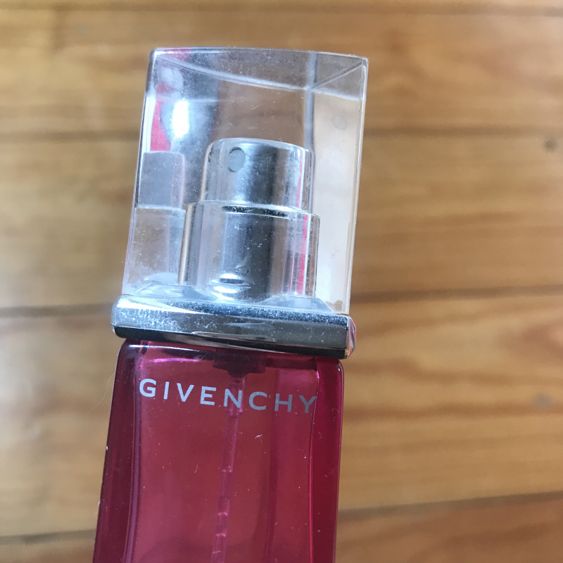 Swatch Very Irresistible, Givenchy