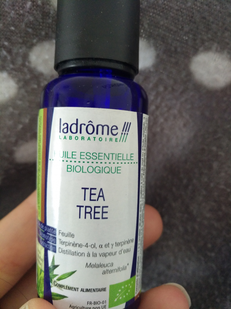 Swatch Huile Essentielle Tea Tree, Aroma-Zone