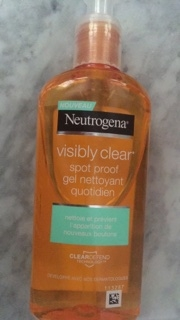 Swatch Gel Nettoyant Spot Control Visibly Clear, Neutrogena