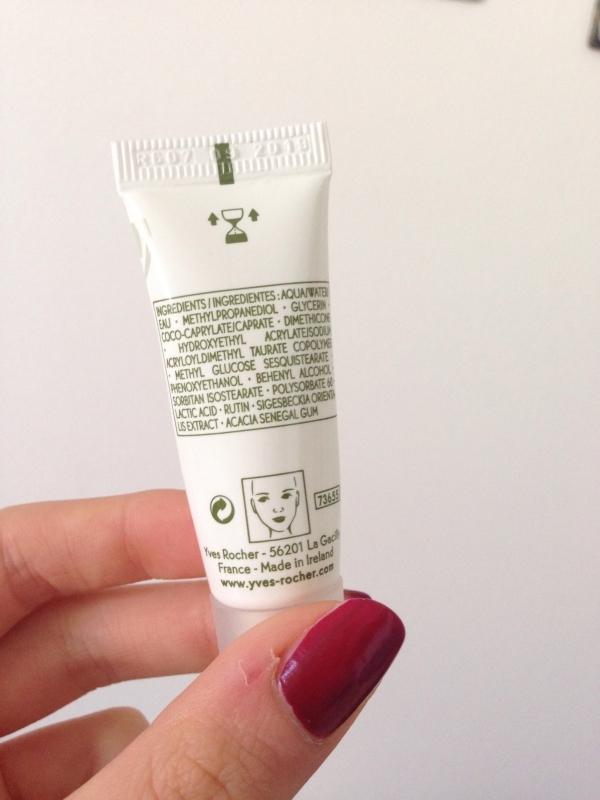 Swatch Crème Anti-rougeurs SPF20 - Sensitive Végétal, Yves Rocher