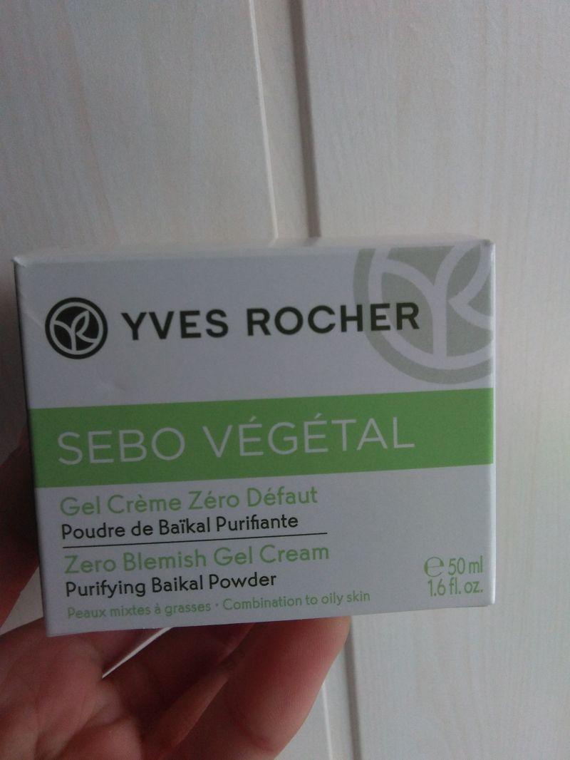 Swatch Gel crème zéro défaut - Sebo Végétal, Yves Rocher