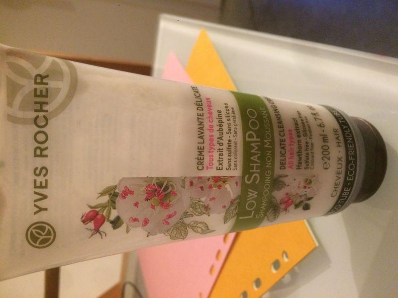 Swatch Low Shampoo - Crème Lavante Délicate, Yves Rocher