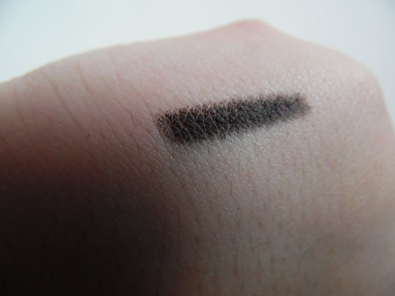 Swatch Crayon khol eyeliner, Miss Europe